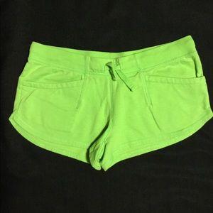 Pants - Green Short Shorts